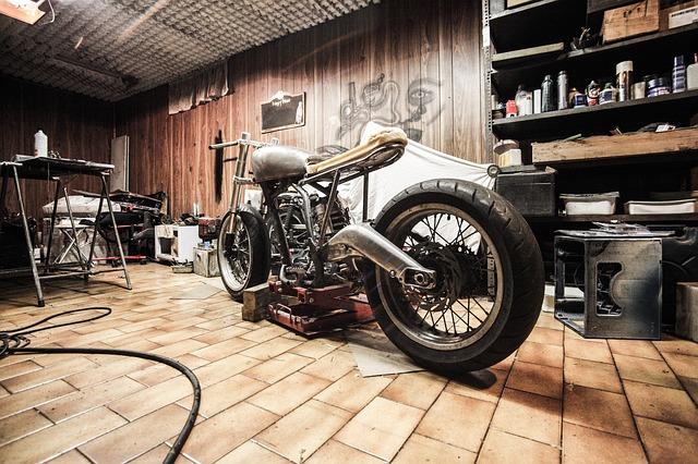 motorrad-garage-versicherung