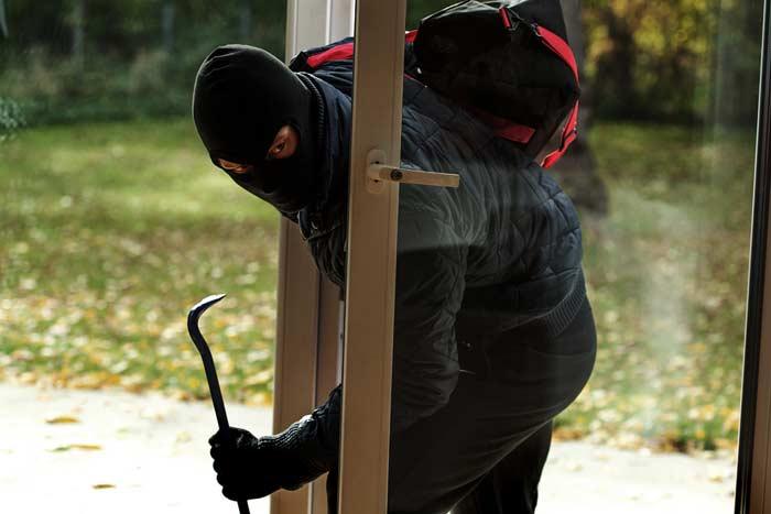 terrassent r gegen einbruch sichern safetyguide. Black Bedroom Furniture Sets. Home Design Ideas